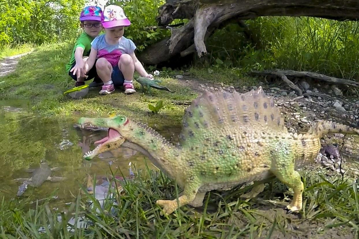 spinosaurus kids