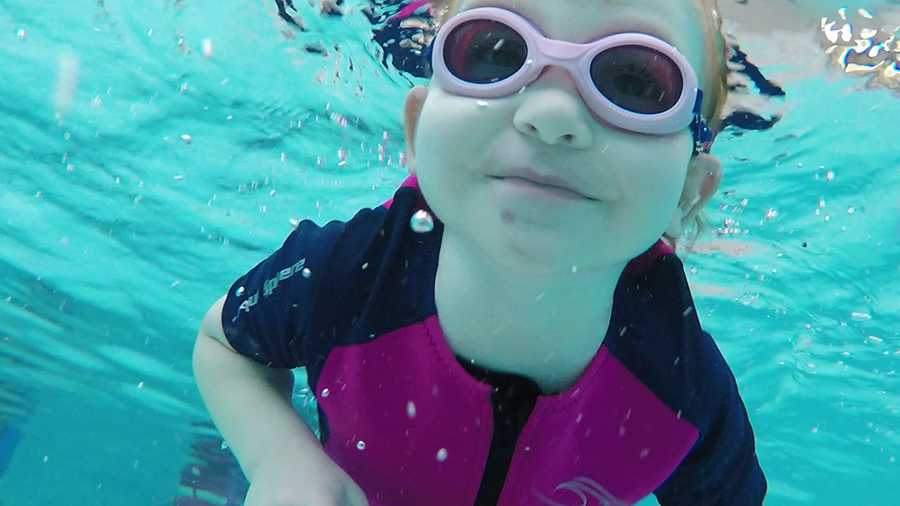 3yo underwater in the pool