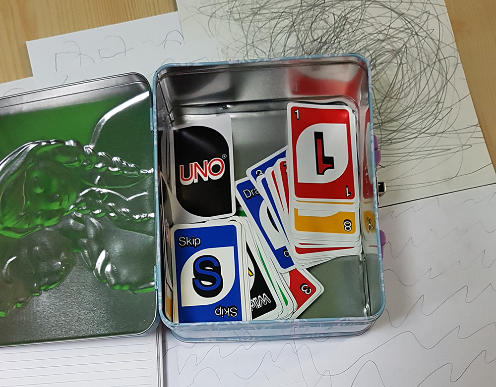 Uno cardds in a Frozen box